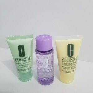 NWOT Clinique Dramatically Different Skincare Set